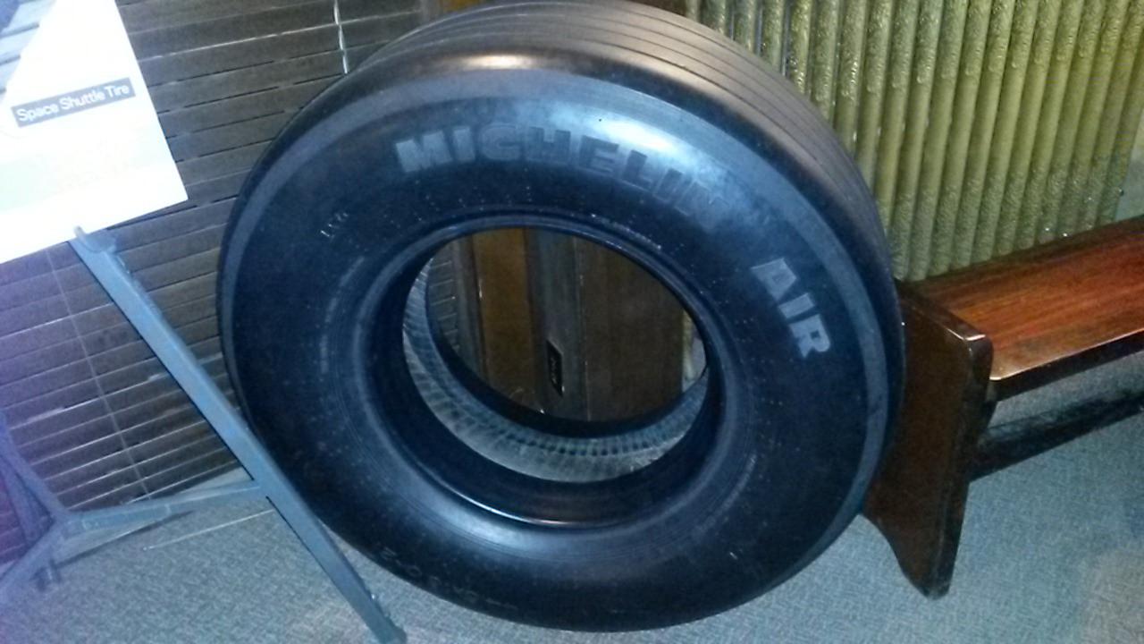 Shuttle tyre